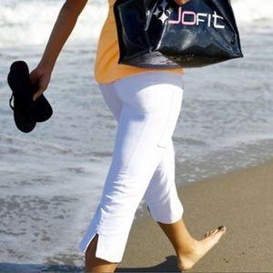NWT JoFit Live-In Capri White Size S